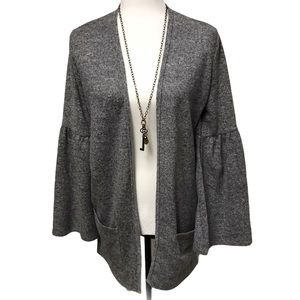 🌸Grey Urban Heritage Cardigan Size Medium